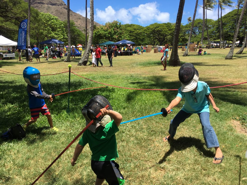 2016hawaiigeekmeet-fencing