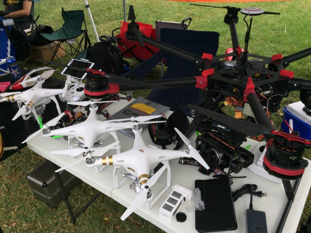 2015hawaiigeekmeet-drones